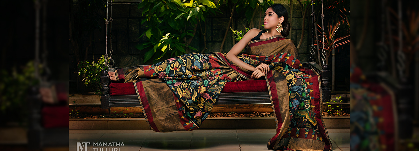 Enhance Your Beauty With Trendy Ethnic Apparels