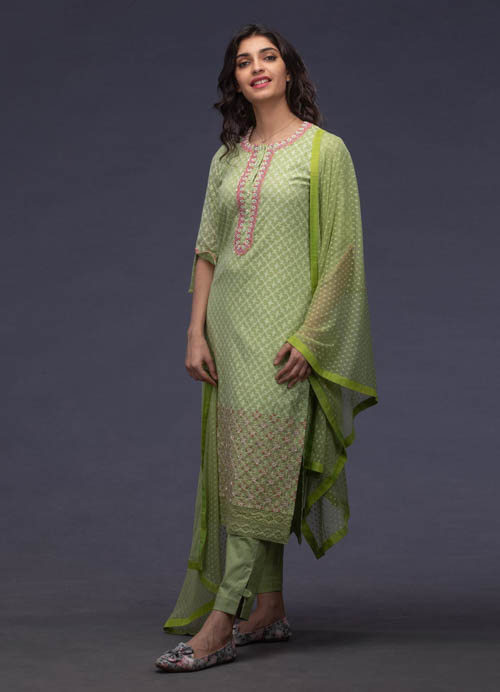 Green Chnaderi Kurti Set with Thread Embroidery