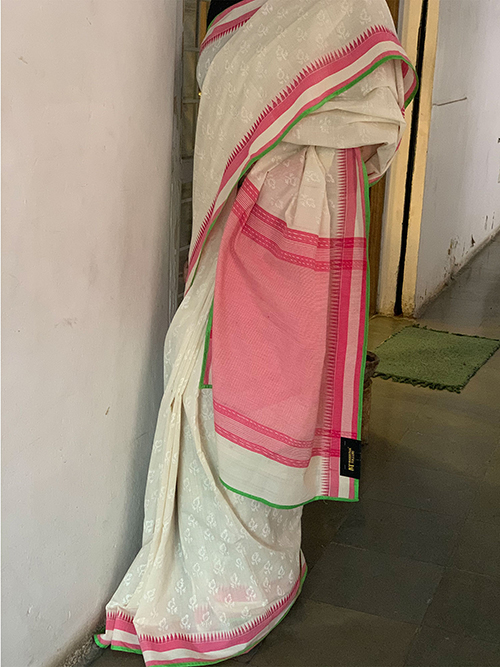 Handloom self printed saree with pink blouse
